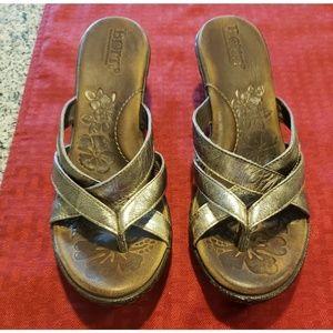 Born womens heeled sandals. 2 inch heels. Size 6.